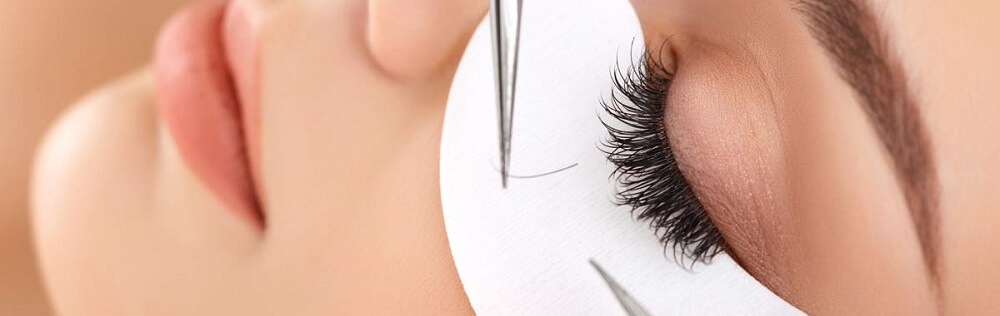 mink-lashes-application
