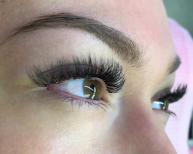 Volume Eyelash Extensions in Chicago, Il | Chicago Lashes